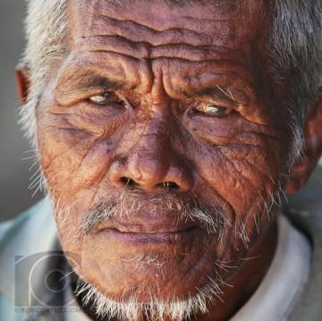 Old Filipino Man i-ZRHQCSR-L